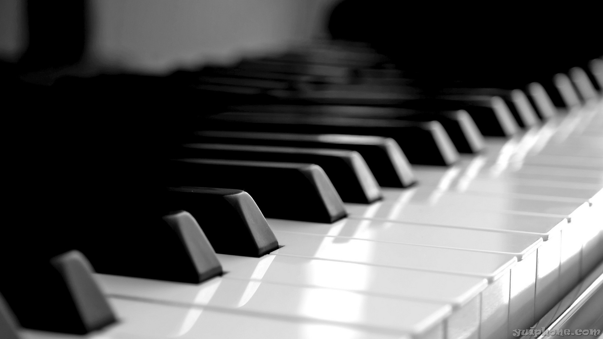 piano-keyboard-wallpaper-yuiphone